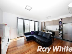 Modern Living in Stylish Apartment - Chadstone