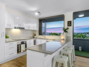 Modern Chic In A Prime Inner-City Location - East Brisbane