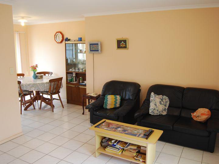 29 Bernborough Boulevard, Branyan, QLD
