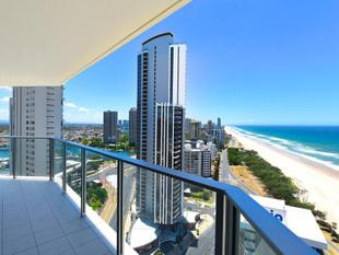 Beachfront Perfection - Surfers Paradise