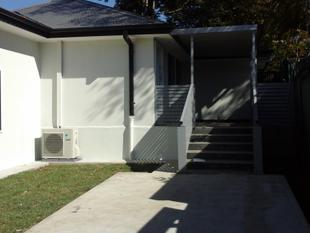 QUIET AND SPACIOUS 2 BEDROOM GRANNY FLAT ! - Blacktown