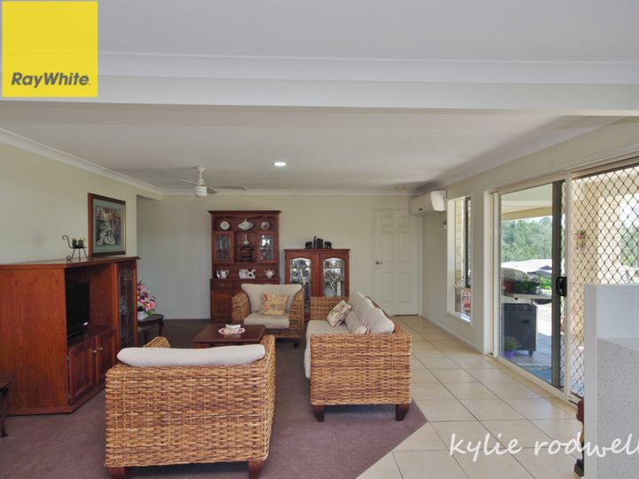 102 Carrigan Way, Gleneagle, QLD