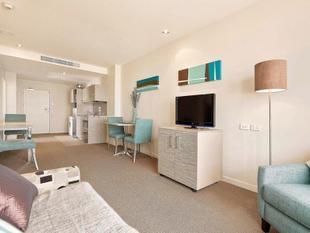 Madison House - Two Bedroom & Carpark Freehold - Eden Terrace