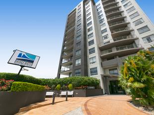 Priced to Sell, Fantastic Location with all Resort Facilities...! - Kangaroo Point