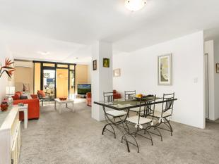 Parkside north facing apartment in a gorgeous boutique block - Botany