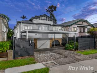 Modern Infused Kedron Queenslander in Padua Precinct - Kedron