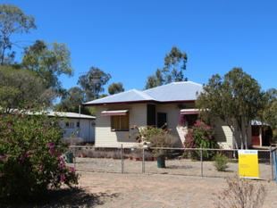 GREAT LITTLE HOME AT A BARGAIN PRICE! - Charleville