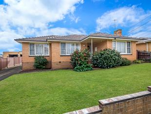 TRIPLE FRONTED VENEER WITH POTENTIAL - Warrnambool