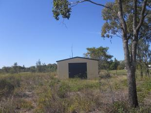 7.6 ACRES QUALITY LAND~FENCED ~ SHED ~ CATTLE YARDS - Gracemere