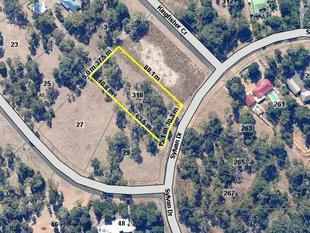 4040m2 Block Less than a kilometre from the beach!! - Moore Park Beach