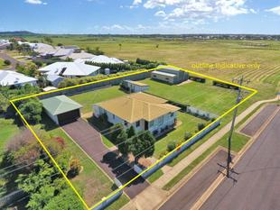 2157m2 BLOCK PLUS HOUSE AND HUGE SHED - Bargara