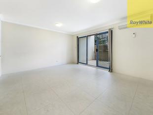 ONE BEDROOM PLUS STUDY & COURTYARD GARDEN APARTMENT - Rosehill