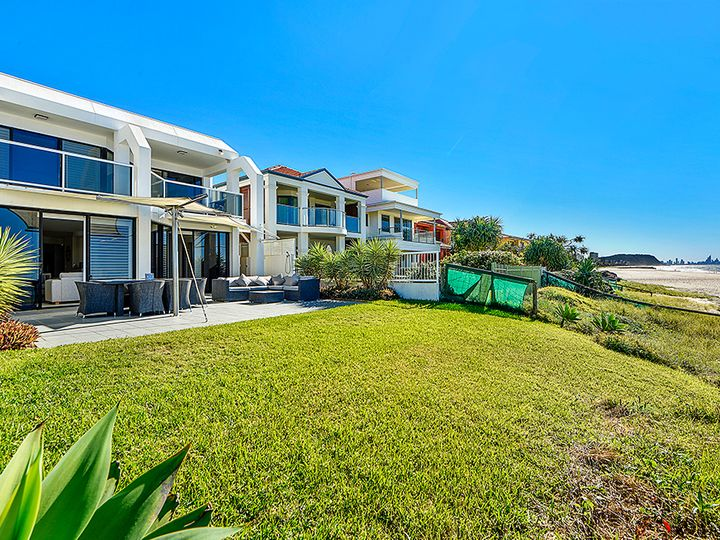 63 Jefferson Lane, Palm Beach, QLD