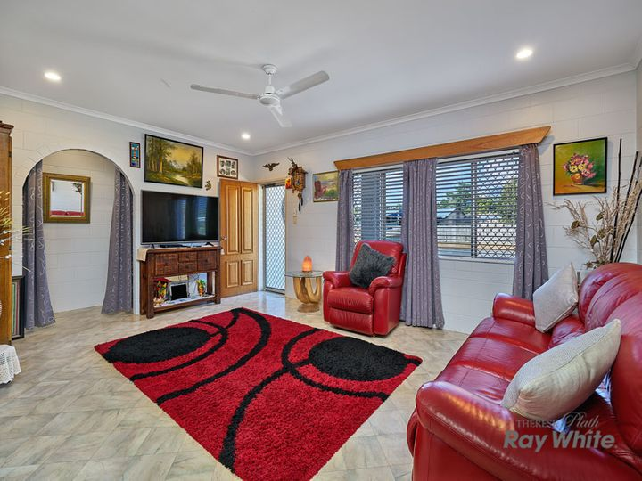 4 Duyfken Street, Bentley Park, QLD