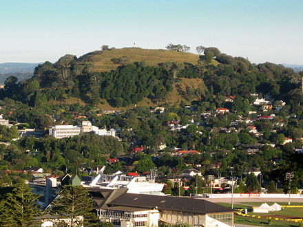 Mount eden ray white epsom mount eden is a suburb in auckland new zealand whose name honours george eden 1st earl of auckland it is 4 kilometres 25 mi south of the central reheart