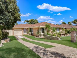 ENTERTAINERS DELIGHT! - Currans Hill
