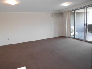 Beautiful 2  bedroom modern unit for rent ! - Bankstown