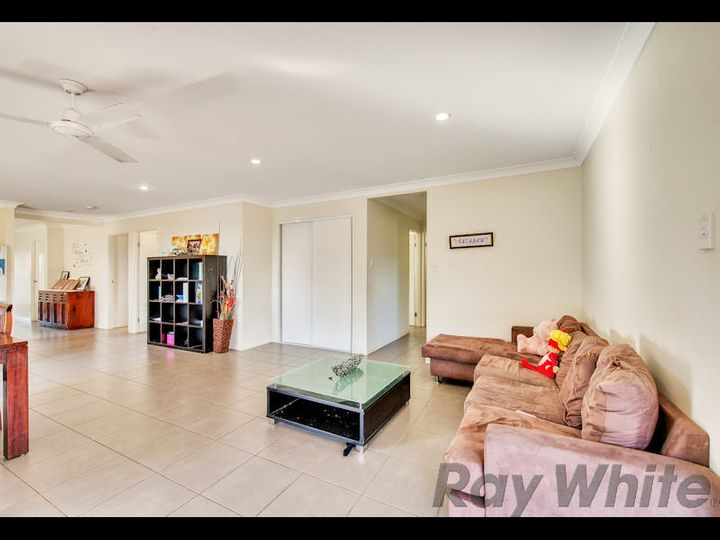 21 Hoffmann Way, Bundamba, QLD