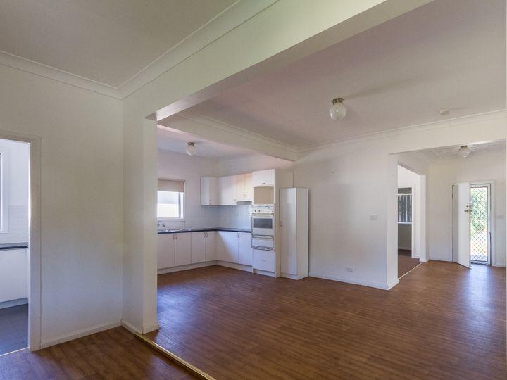 30 East Street, Grenfell, NSW