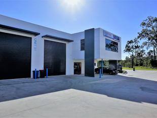 387sqm* FULLY FITTED TINGALPA OFFICE / WAREHOUSE - Tingalpa
