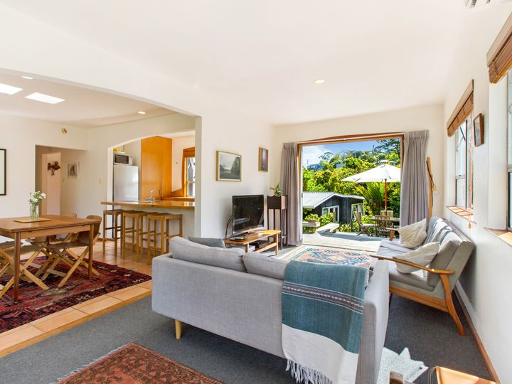 477 Sea View Road, Onetangi, Waiheke Island
