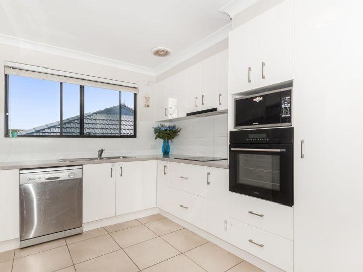 70 Landy Drive, Mount Warrigal, NSW