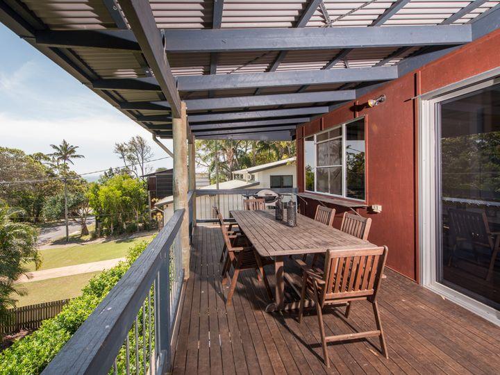 18 Merinda Crescent, Point Lookout, QLD