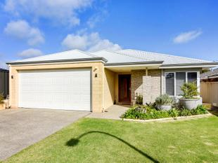 SPECTACULAR BEACH SIDE HOME! CATS ONLY! - South Bunbury