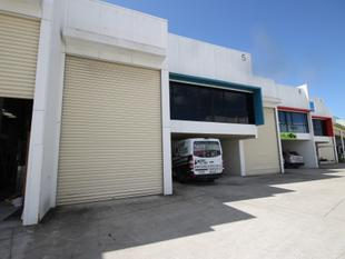 FOR LEASE - 200m2 (approx) Neat & Tidy Warehouse Unit - Capalaba
