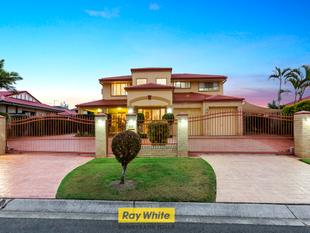 LOCATION, CONVENIENCE AND LIFE STYLE! - Sunnybank Hills