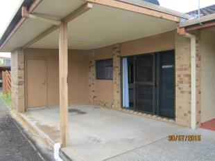 TIDY ONE BEDROOM GROUND LEVEL UNIT - Innisfail Estate