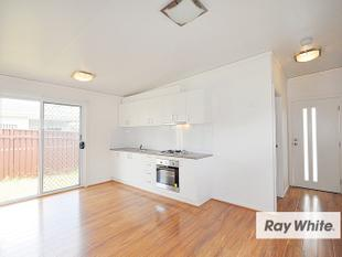 CONTEMPORARY TWO BEDROOM GRANNY FLAT - Whalan