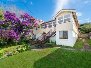 Elevated Murwillumbah Character Home - Dual Living for Large Family or Investors -  Great Rental Return - Reduced to Sell !!!! - Murwillumbah