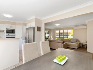 Start the Year the Right Way with this Great Buy! - Tweed Heads