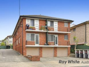 Front Facing Unit  with LOCK-UP GARAGE - Lakemba