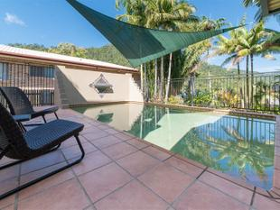 Large Home with Pool on Panoramic - Priced to Sell - Cannonvale