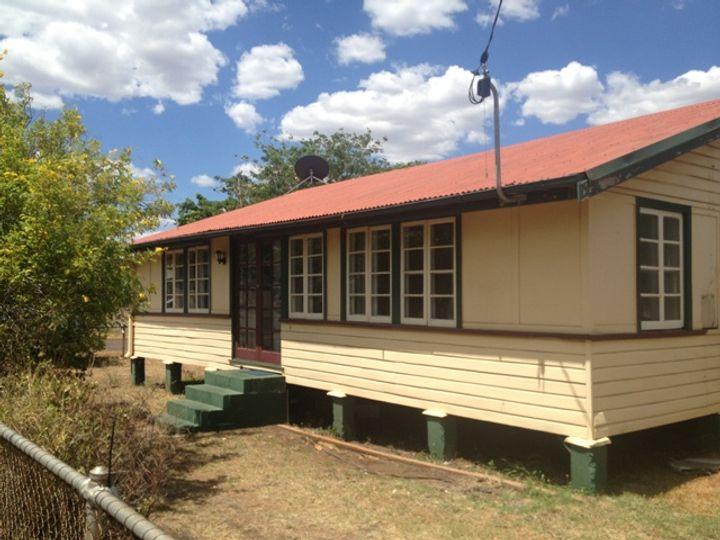 2 Buckley Avenue, Mount Isa, QLD