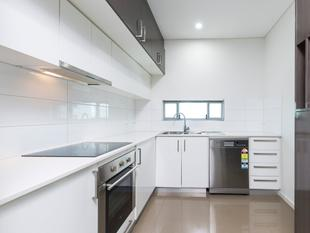 Modern 2 Bedroom Apartment in Convenient Location - Woolner