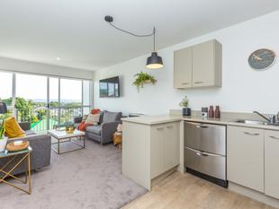 The Perfect Package - Grey Lynn