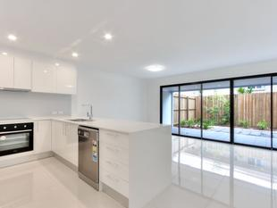 BRAND NEW EXECUTIVE PROPERTY - Springwood
