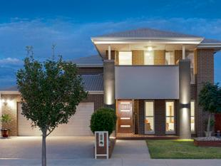 A benchmark in contemporary living! - Taylors Hill