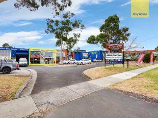 Showroom and Warehouse Fronting Ferntree Gully Road - Ferntree Gully