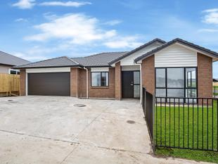 Brand New Brick & Tile Modern Home - Papakura