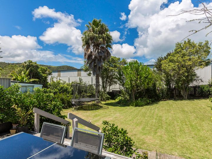 27 Sea View Road, Ostend, Waiheke Island