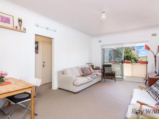 Sun soaked north facing exceptional apartment - Kogarah