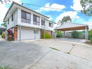 Top Level unit in a great location - Alexandra Hills