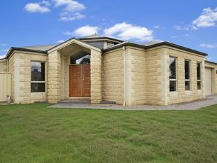 The Home With The Lot!! - Benalla