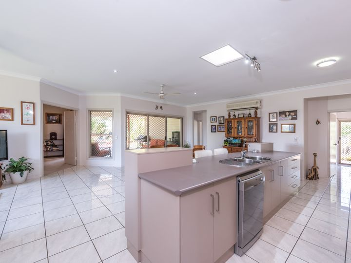138 McCarthy Road, Avenell Heights, QLD