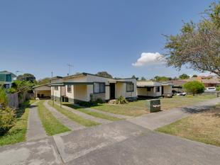 A PATH TO YOUR GOAL  - 5 RENTAL UNITS ON LARGE ALLOTMENT - Traralgon