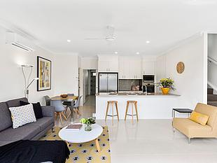 MODERN TOWNHOUSE GREAT LOCATION - Nerang